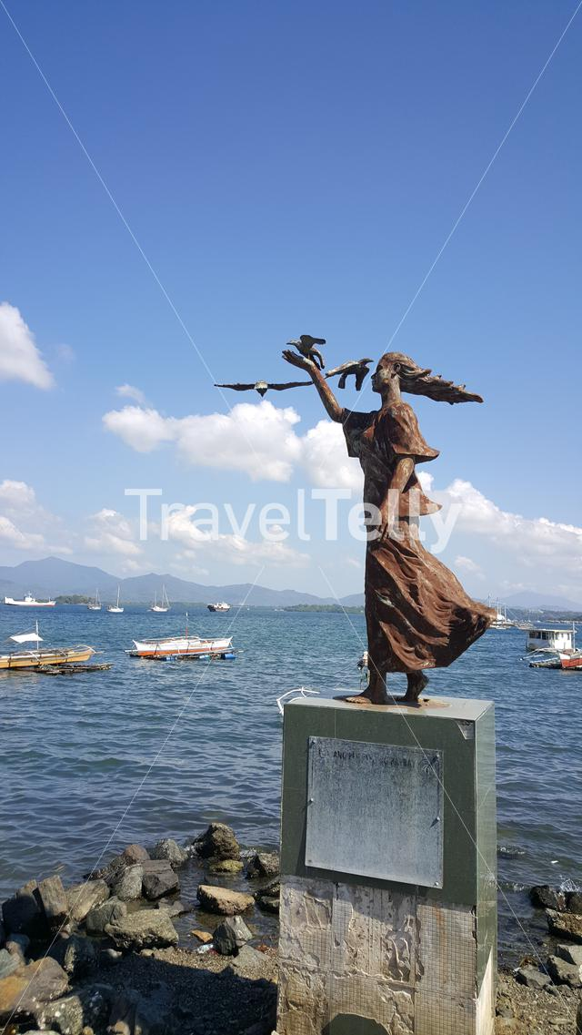 Statue at Puerto Princesa baywalk, Palawan