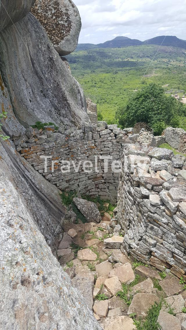 Path through the ruins of Great Zimbabwe