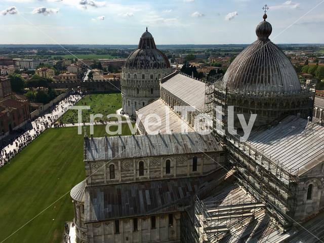 View over the Pisa Cathedral (Cattedrale di Pisa) and the Pisa Baptistery (Battistero di San Giovanni) from atop Torre di Pisa.
