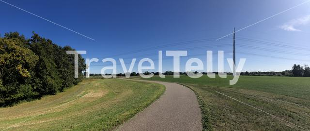 Bicycle path around the old IJssel river and Doetinchem, Gelderland, The Netherlands