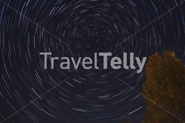 Long exposure starry sky towards north