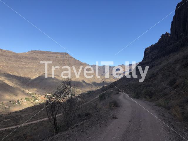 Dirt road in the hills of Gran Canaria