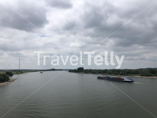 The river Rhein around Emmerich am Rhein in Germany