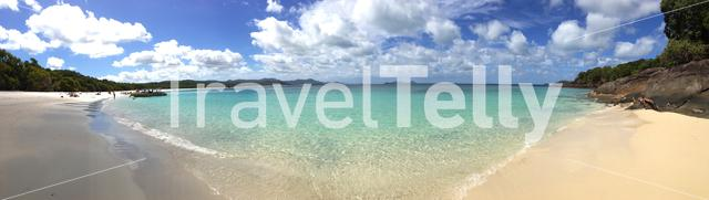 Panorama Whitehaven Beach is a 7 km stretch along Whitsunday Island, Australia