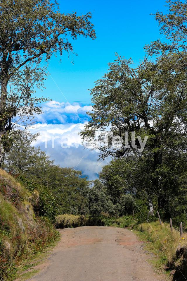 A ride into the clouds near Volcán Irazú