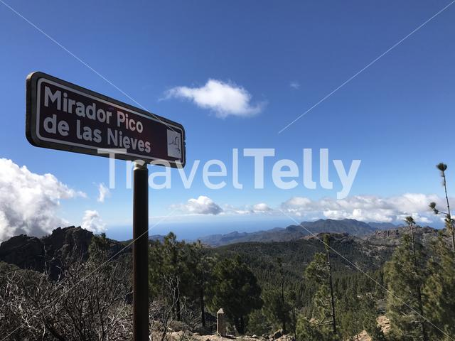 Mirador Pico de las Nieves sign at the highest peak of the island of Gran Canaria
