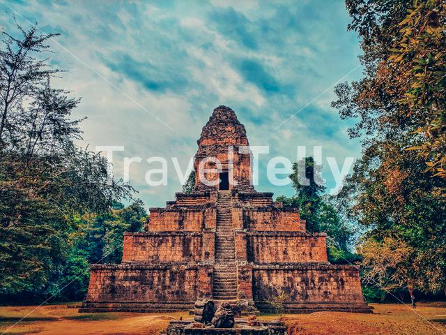 The ancient build, amazing construction Siem Reap Cambodia (Baksey Chamkrong Temple)